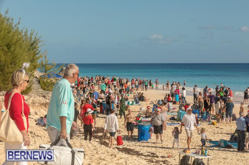 Christmas-Day-Bermuda-at-Elbow-Bay-Beach-2018-DF-29