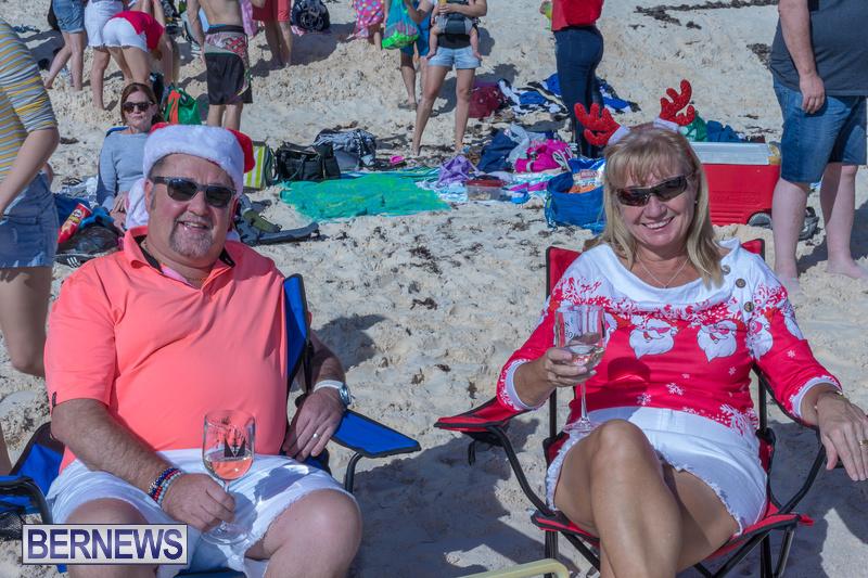 Christmas-Day-Bermuda-at-Elbow-Bay-Beach-2018-DF-38