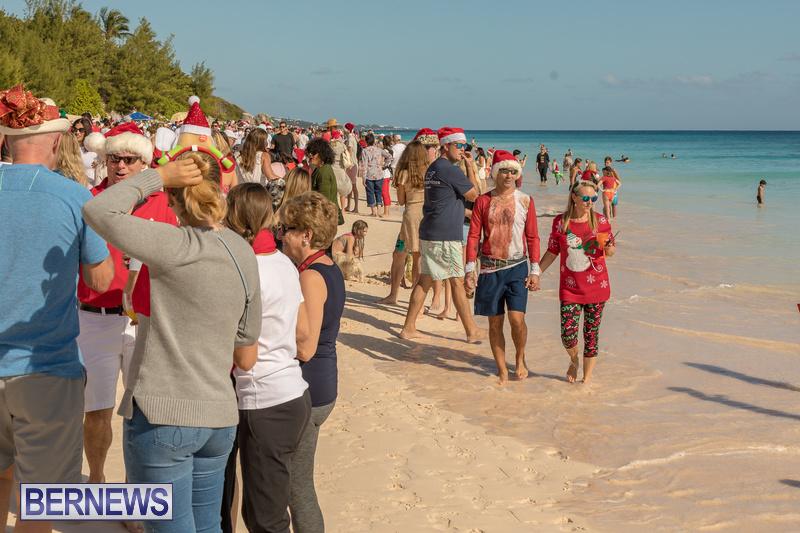 Christmas-Day-Bermuda-at-Elbow-Bay-Beach-2018-DF-45