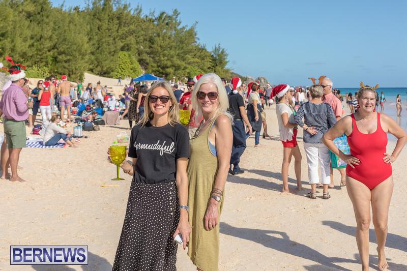Christmas-Day-Bermuda-at-Elbow-Bay-Beach-2018-DF-50