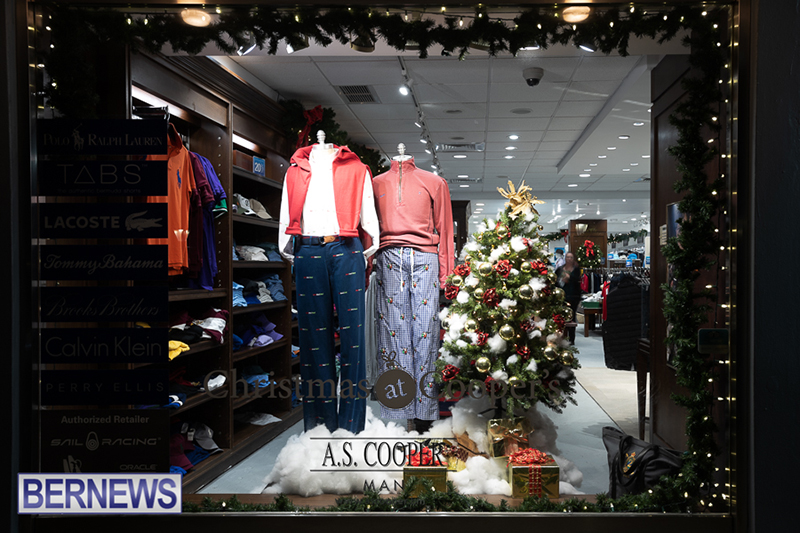Christmas-Lights-In-Hamilton-Bermuda-Dec-16-2018-21