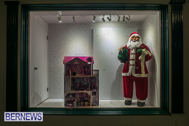 Christmas-Lights-In-Hamilton-Bermuda-Dec-16-2018-54