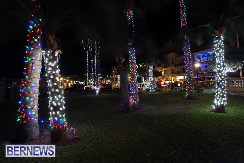 Christmas-Lights-In-Hamilton-Bermuda-Dec-16-2018-8