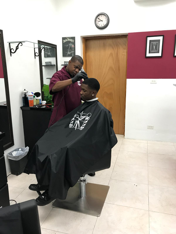 Faderz barber shop Bermuda Dec 2018 (3)