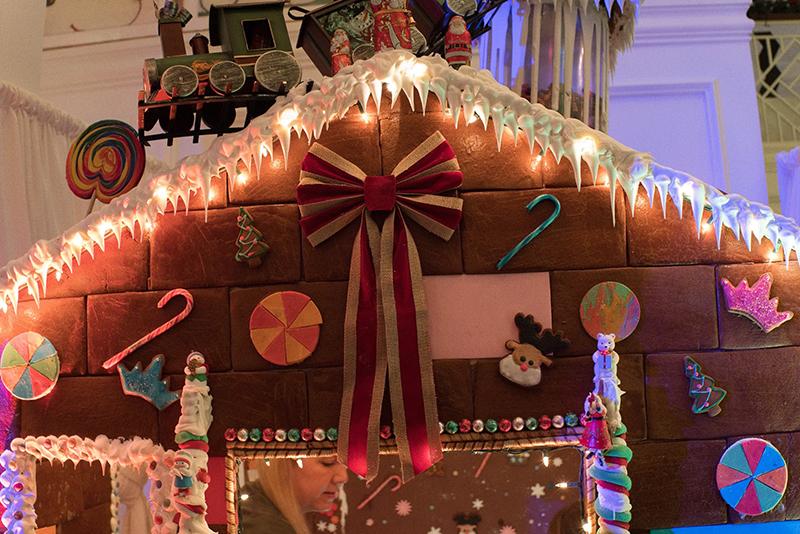 Gingerbread-House-Bermuda-Dec-3-2018-1