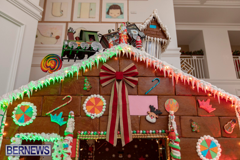 Gingerbread-House-and-Christmas-tree-Hamilton-Princess-Beach-Club-Bermuda-December-3-2018-2981