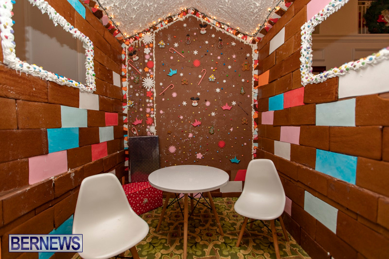 Gingerbread-House-and-Christmas-tree-Hamilton-Princess-Beach-Club-Bermuda-December-3-2018-2989