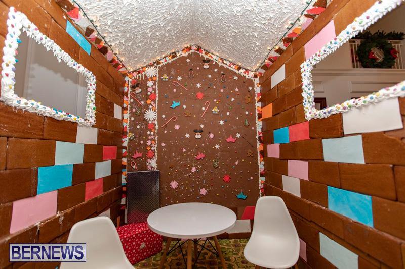 Gingerbread-House-and-Christmas-tree-Hamilton-Princess-Beach-Club-Bermuda-December-3-2018-2990