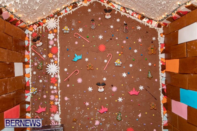 Gingerbread-House-and-Christmas-tree-Hamilton-Princess-Beach-Club-Bermuda-December-3-2018-2993