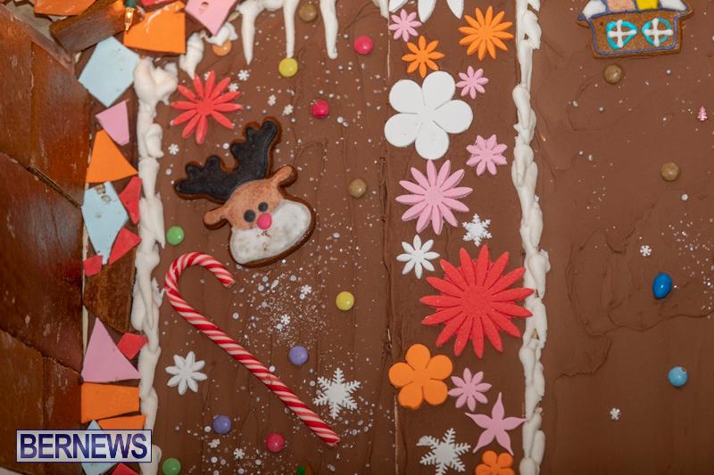 Gingerbread-House-and-Christmas-tree-Hamilton-Princess-Beach-Club-Bermuda-December-3-2018-3002
