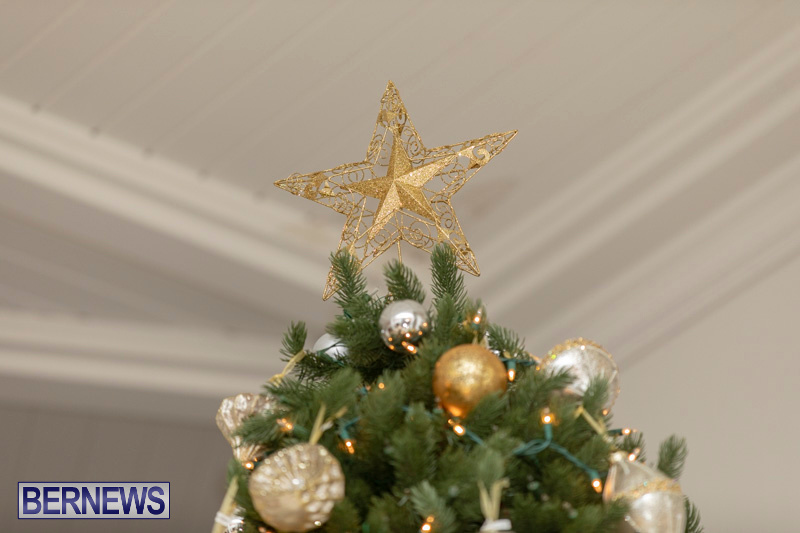 Gingerbread-House-and-Christmas-tree-Hamilton-Princess-Beach-Club-Bermuda-December-3-2018-3012