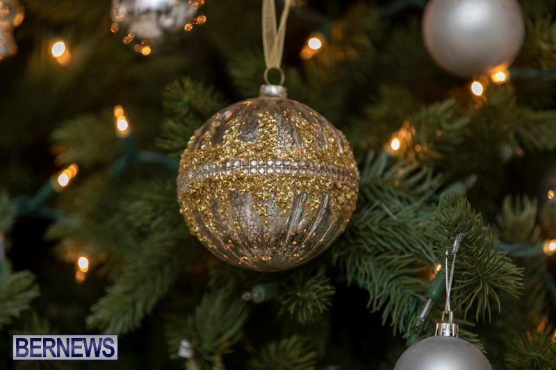 Gingerbread-House-and-Christmas-tree-Hamilton-Princess-Beach-Club-Bermuda-December-3-2018-3022