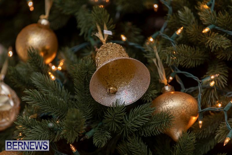 Gingerbread-House-and-Christmas-tree-Hamilton-Princess-Beach-Club-Bermuda-December-3-2018-3024