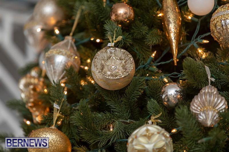 Gingerbread-House-and-Christmas-tree-Hamilton-Princess-Beach-Club-Bermuda-December-3-2018-3027