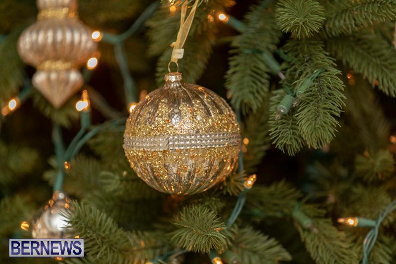 Gingerbread-House-and-Christmas-tree-Hamilton-Princess-Beach-Club-Bermuda-December-3-2018-3030