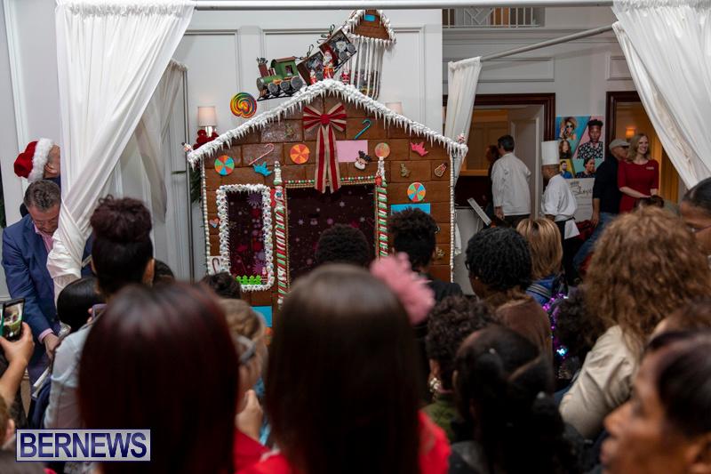 Gingerbread-House-and-Christmas-tree-Hamilton-Princess-Beach-Club-Bermuda-November-30-2018-1856