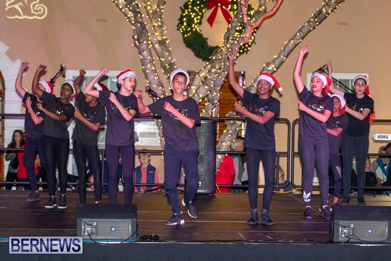 National-Trust-Christmas-Walkabout-Bermuda-December-7-2018-3215
