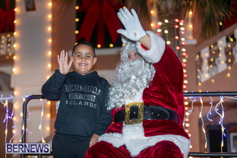 Santa-Claus-visits-St.-George's-Bermuda-December-1-2018-2227