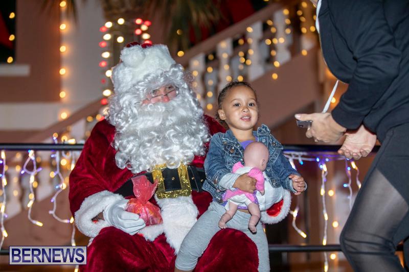 Santa-Claus-visits-St.-George's-Bermuda-December-1-2018-2228