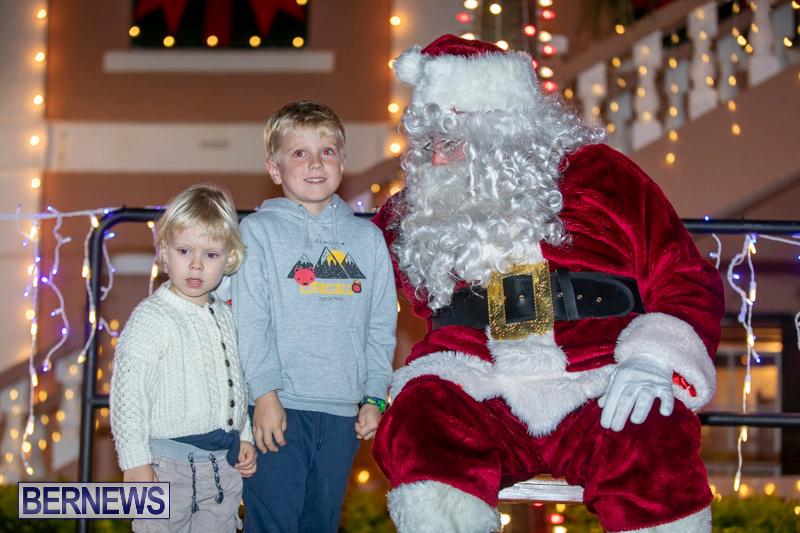 Santa-Claus-visits-St.-George's-Bermuda-December-1-2018-2232