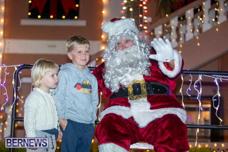 Santa-Claus-visits-St.-George's-Bermuda-December-1-2018-2233