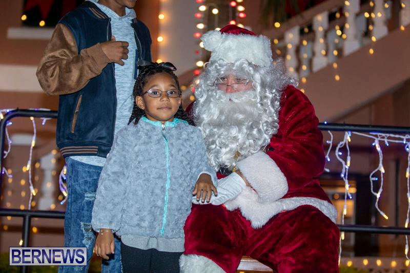 Santa-Claus-visits-St.-George's-Bermuda-December-1-2018-2259