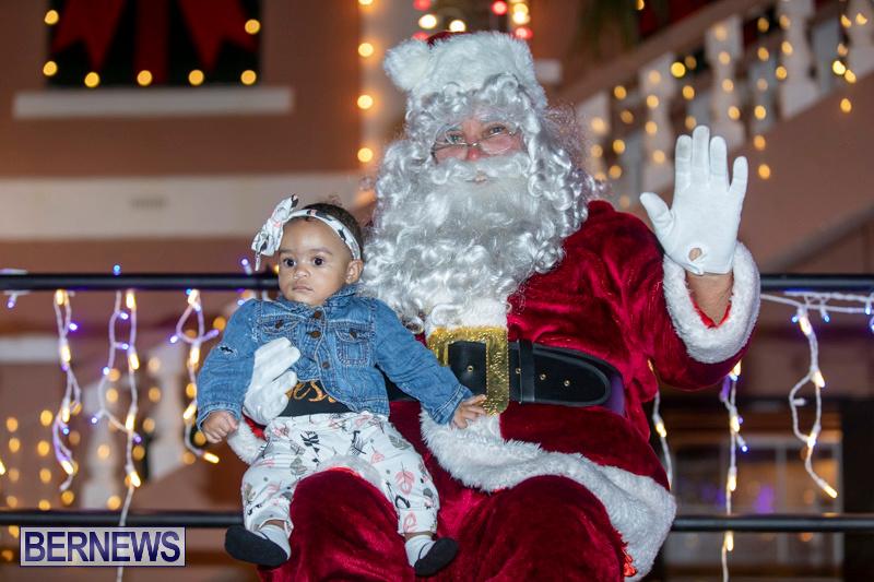 Santa-Claus-visits-St.-George's-Bermuda-December-1-2018-2321