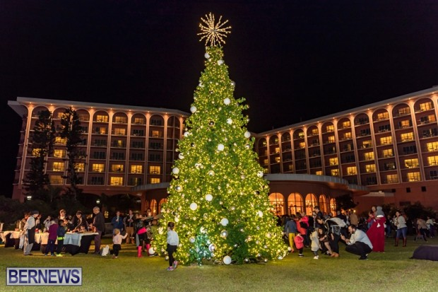 South P Tree Lighting 01DEC18 (41)