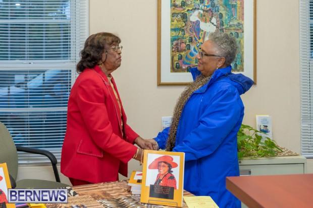 Book signing Bermuda March 2019 (10)