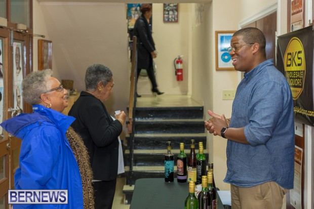 Book signing Bermuda March 2019 (17)