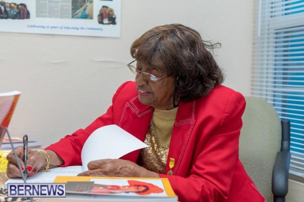 Book signing Bermuda March 2019 (9)