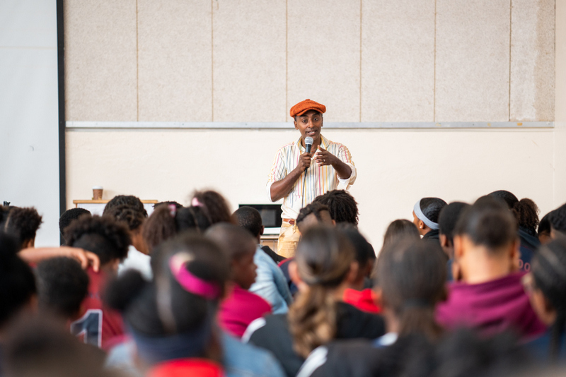Marcus Samuelsson assembly at Dellwood Middle School, Bermuda March 2019 (12)