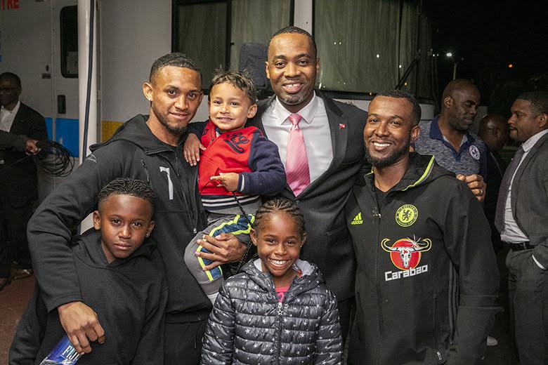 Men's National Football Team Returns Home Bermuda March 2019 (4)