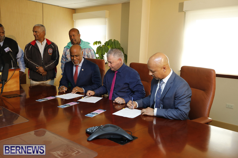 Press conference on new bus schedule Bermuda March 11 2019 (1)
