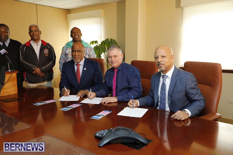 Press conference on new bus schedule Bermuda March 11 2019 (2)