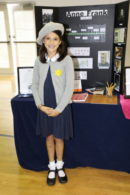 primary-6-wax-museum-2019_40346145183_o