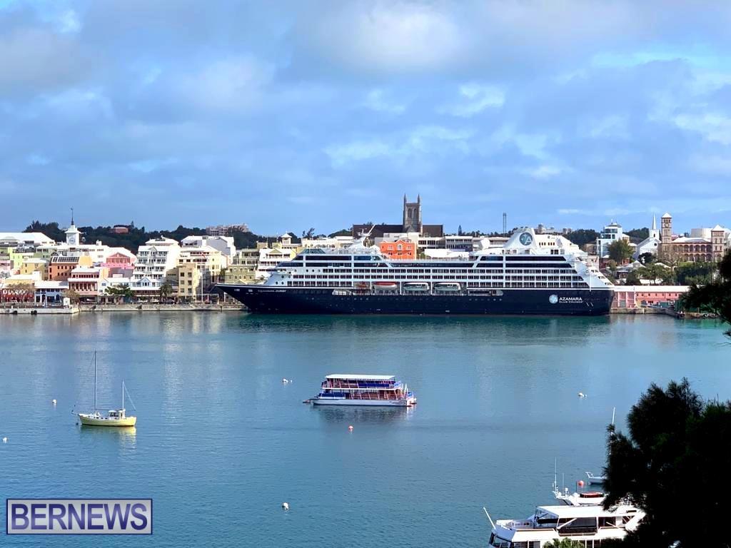 Azamara Journey cruise ship in Hamilton 2019 (1)
