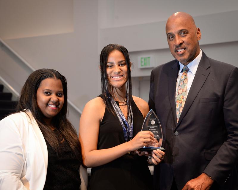 Outstanding-Teen-Award-Bermuda-April-2019-1