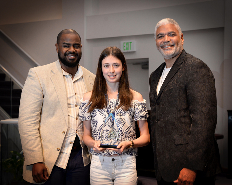 Outstanding-Teen-Award-Bermuda-April-2019-12