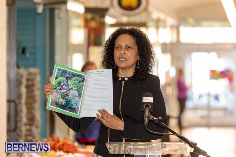 Dr Kuni Frith book launch Medicinal Plants Growing in Bermuda, April 30 2019-0185