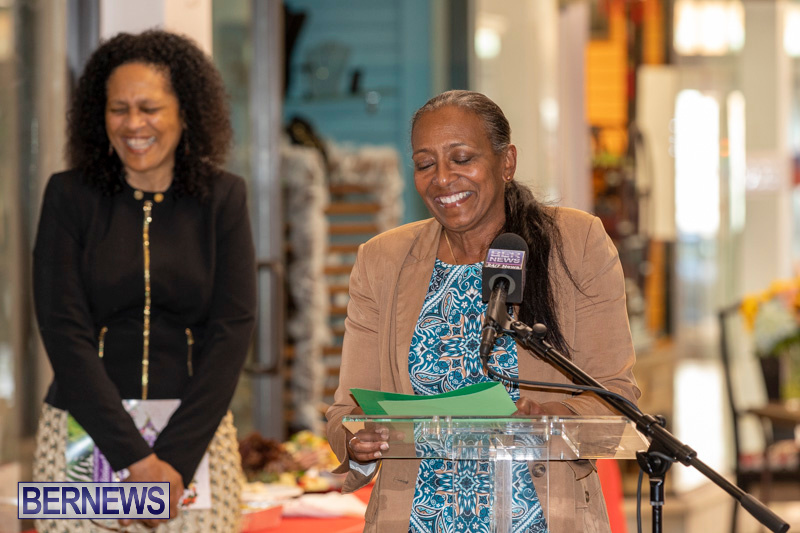 Dr Kuni Frith book launch Medicinal Plants Growing in Bermuda, April 30 2019-0189