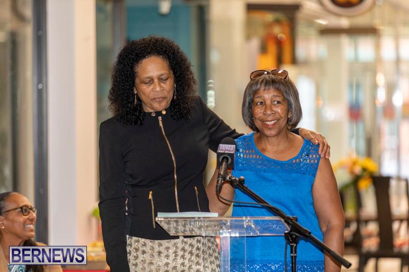 Dr Kuni Frith book launch Medicinal Plants Growing in Bermuda, April 30 2019-0202