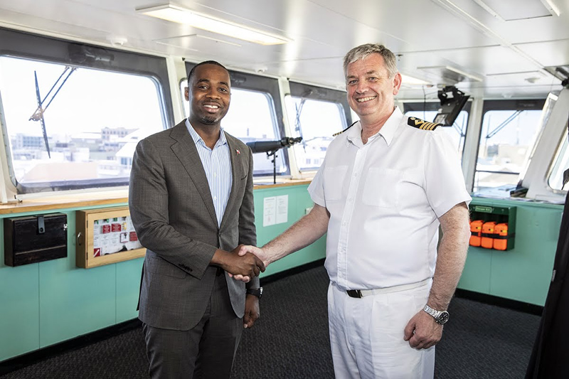 Premier visits RFA Mounts Bay Bermuda May 2019 (3)