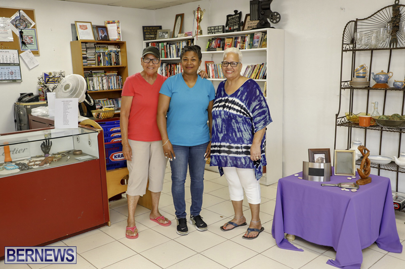 Salvation Army Thrift Store Bermuda May 2019 (21)
