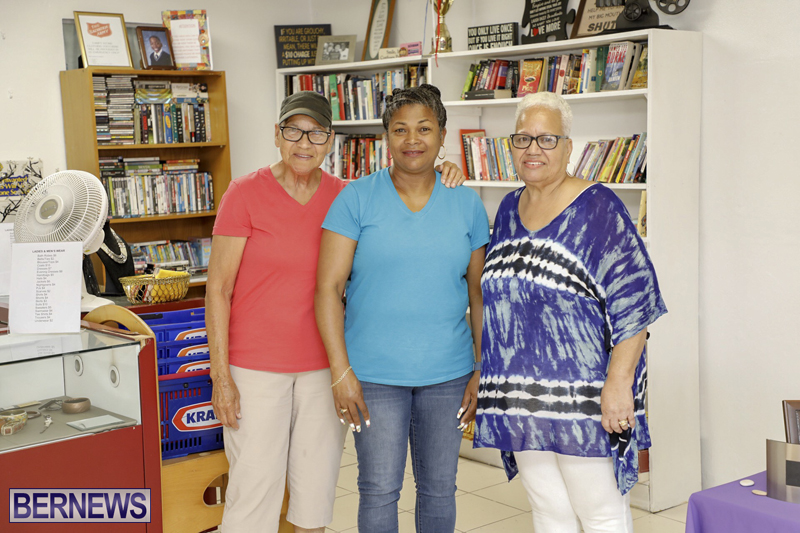 Salvation Army Thrift Store Bermuda May 2019 (22)