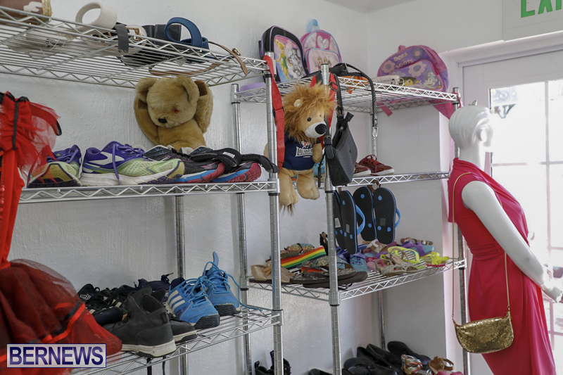 Salvation Army Thrift Store Bermuda May 2019 (3)