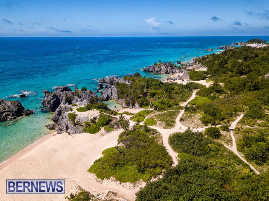 422 The beautiful beaches of the south shore, from Warwick Long Bay to Horseshoe Bay