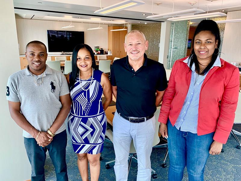 Bermuda Captive Conference Donates To BBBS June 2019