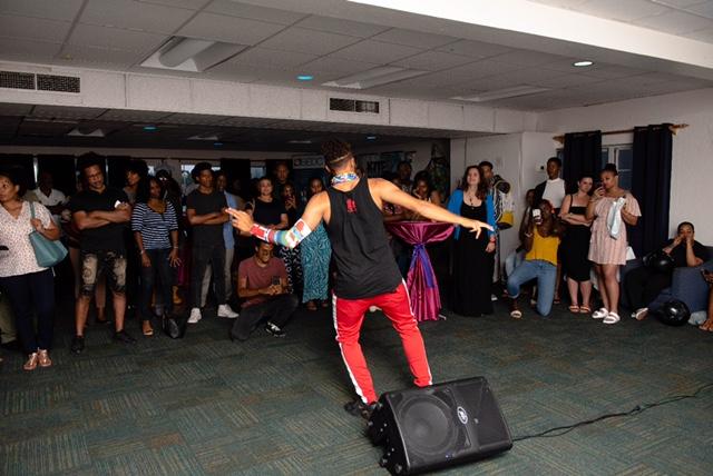 Creative Catalogue Bermuda May 2019 (3)