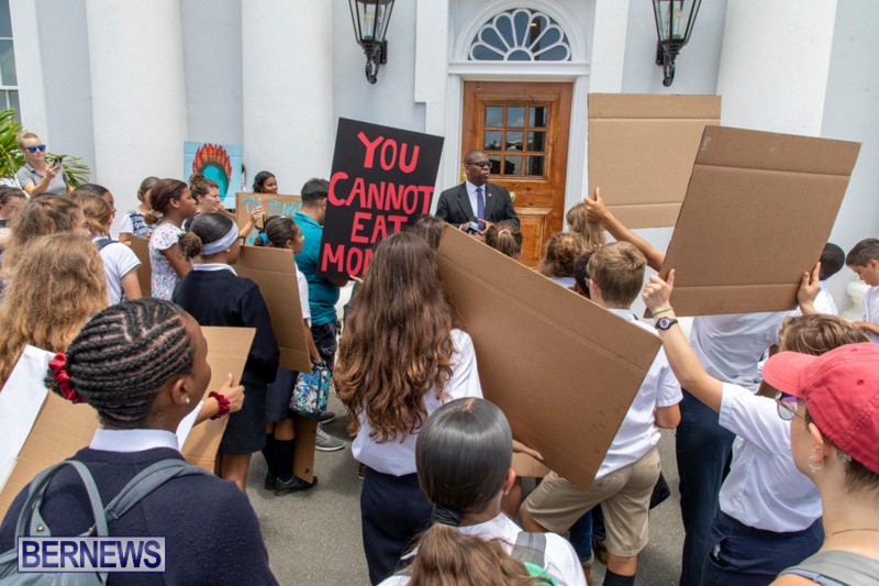 Future-Climate-Rally-and-School-Strike-Bermuda-June-14-2019-6591